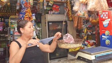 Photo of Pedidos por WhatsApp se ponen de moda en los colmados dominicanos