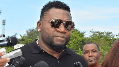 Photo of Expareja e hijo de David Ortiz denuncian que intentó desalojarlos de vivienda (Video)