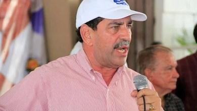 Photo of Cónsul de NY dice nombró a hermano porque 'se ganó su espacio' en la campaña