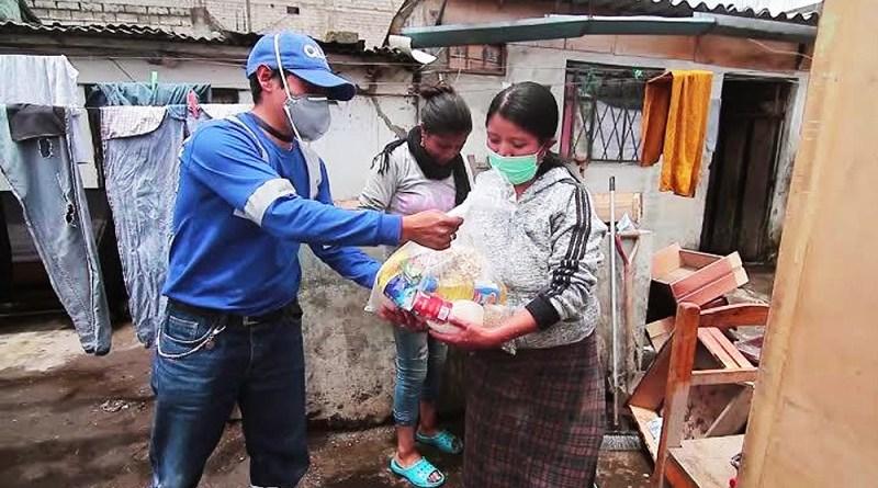 Entrega de donaciones sur de Quito