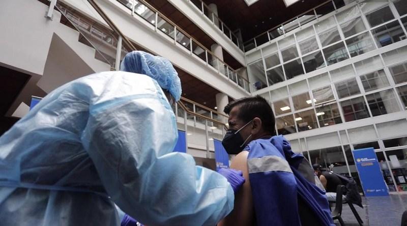 Vacunación personal Emaseo EP