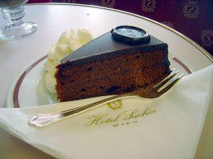 sacher-hotel-vienna-austria-torta-storia-libro