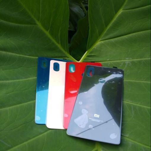 Thay mặt lưng Xiaomi Mi 8 SE tại Nha Trang 1