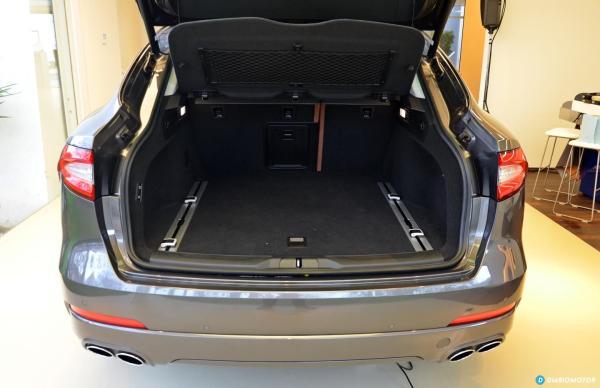 Maserati-Levante-maletero