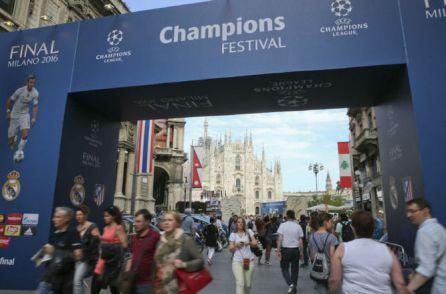 movimiento-aficionados-ciudad-Milan-Champions