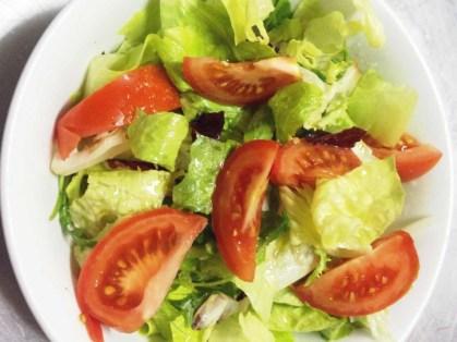 ensalada-de-lechuga-y-tomate-