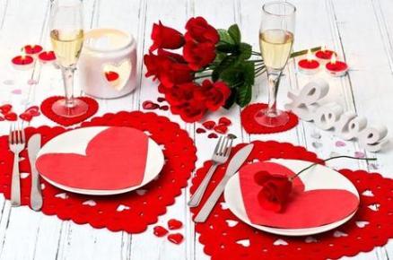 mesas-decoradas-san-valentin