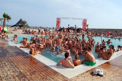 pool burriana