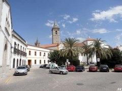 pozoblanco-plaza-de-la-iglesia