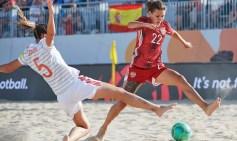 fem-playa-futbol
