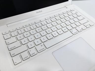 MacBook Bianco 2