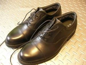 変形性足関節症と革靴。