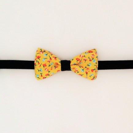 Noeud-papillon-Rose-de-Mai-Montréal-motif-jaune-fleuri-4