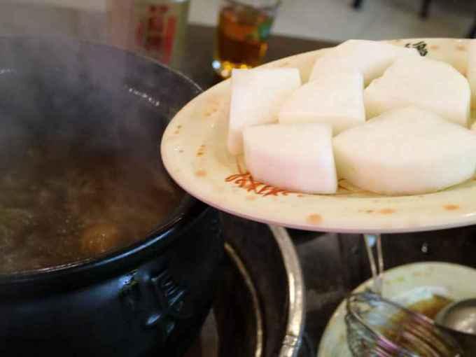 [台北中山食記] 長疆炭燒羊肉爐 - 冬天就該來吃一鍋