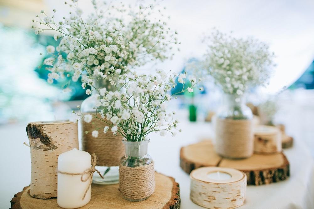 Hochzeitstrends 2019 Deko mit Blumen  Vintage