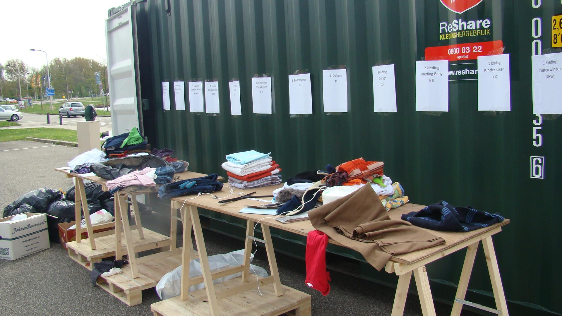 Dorcas haalt 2500 kg kleding op in Delft en Haaglanden