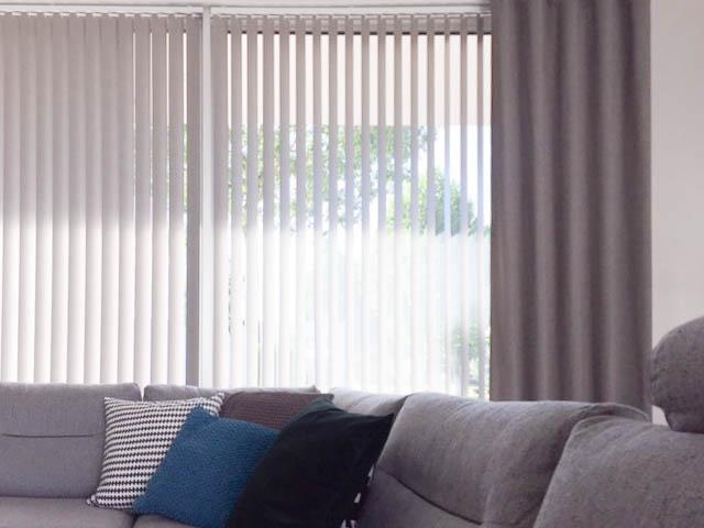 Raamdecoratie voor de woonkamer