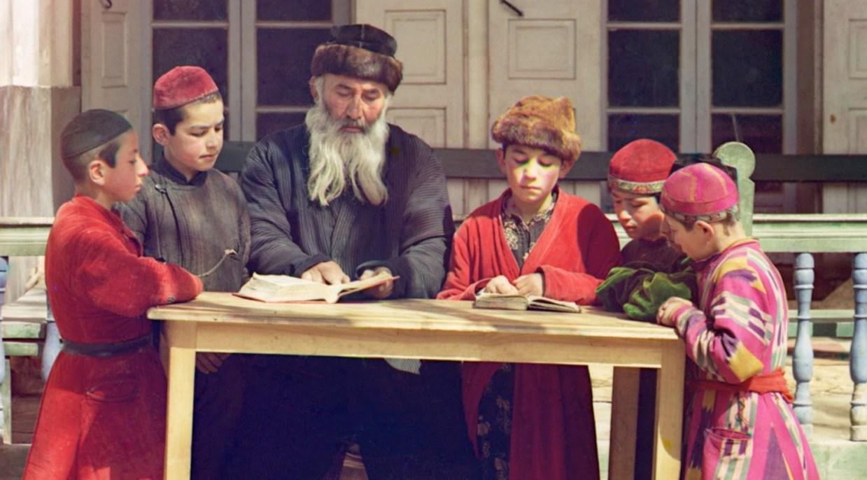 jewish children with rabbi samarkand