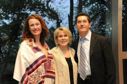 "Cantorial Soloist Heather Aranyi, Rabbi Sharon Sobel and Music Director Gregory Shifrin at ""Blue Jeans Shabbat."""