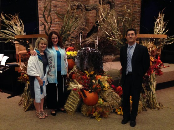 Rabbi Sharon Sobel, Cantorial Soloist Heather Aranyi, Music Director Greogory Shifrin on Erev Sukkot