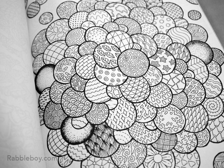 Adult coloring book P1100180