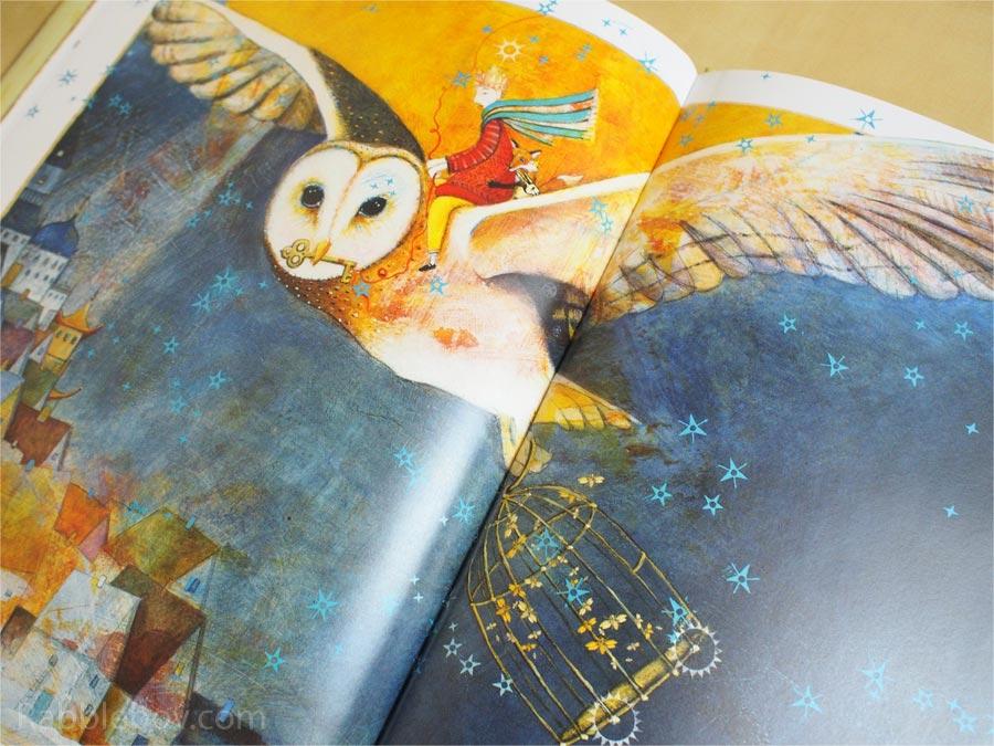 The Whisper by Pamela Zagarenski picture book P1160036