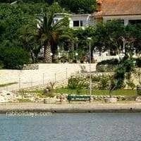 Holiday in Croatia by a sandy beach • HOUSE MARY