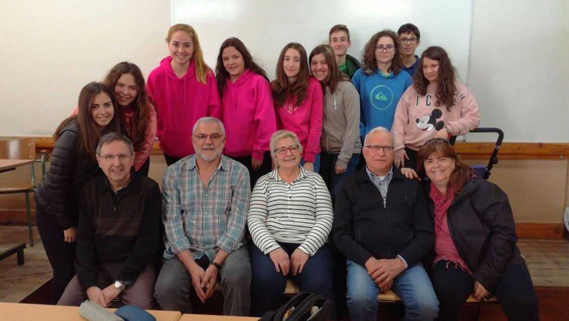 Els alumnes de 3r d'ESO de l'escola Arrels de Solsona, creadors de la cançó 'No em demanis que recordi'.