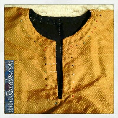 2015-03-12_Racaire_12th-century-dress_keyhole-neckline_pinned_1.jpg