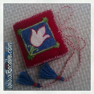 2014-07_Racaire_Klosterstich_needlebook-embroidery_03-1