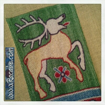Working at an embroidered 14th century pouch for the 9th blog-birthday raffle .7 - just 4 days left! :D
