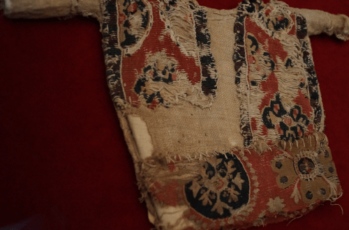 7th - 9th century doll tunic