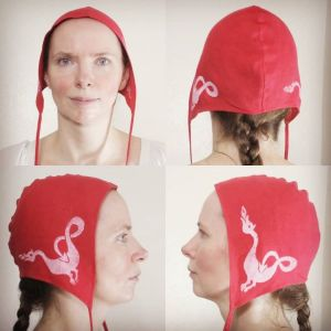 Medium red linen coif / arming cap made from lovely red linen fabric, handprinted in white with a hand carved dragon stamp. Pre-washed fabric & ready to wear! Machine washable!