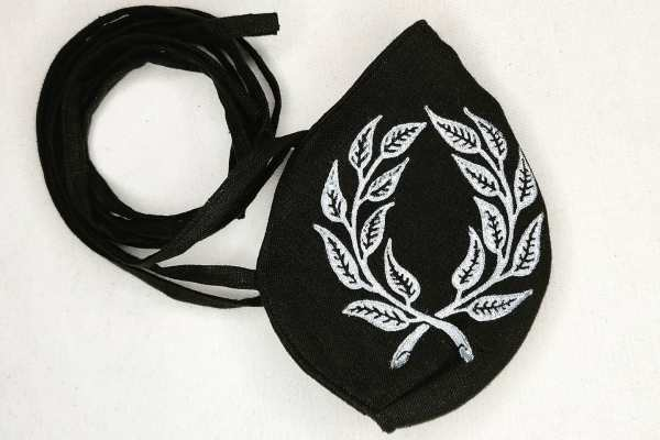 Black linen laurel face mask with long ties & white laurel wreath print. New, pre-washed fabric, ready to wear & machine washable!