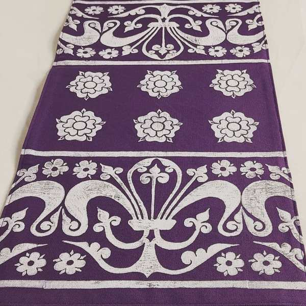 Purple table runner with medieval rose and 13th century fleur-de-lis print. Hand printed with my own hand carved stamps. The cotton canvas for the table runner is new & pre-washed. The table runner is ready to be used & machine washable!
