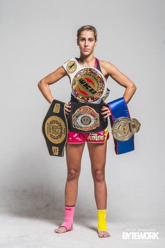 Lucka Lulu Krajčovič sa nedávno stala šampiónkou v muai thai boxe.