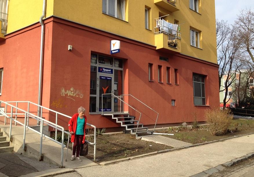 Stávková kancelária Tipsport na Cyprichovej