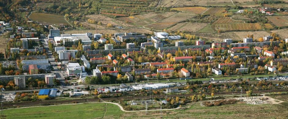 V starých Krasňanoch je spolu 42 bytoviek.
