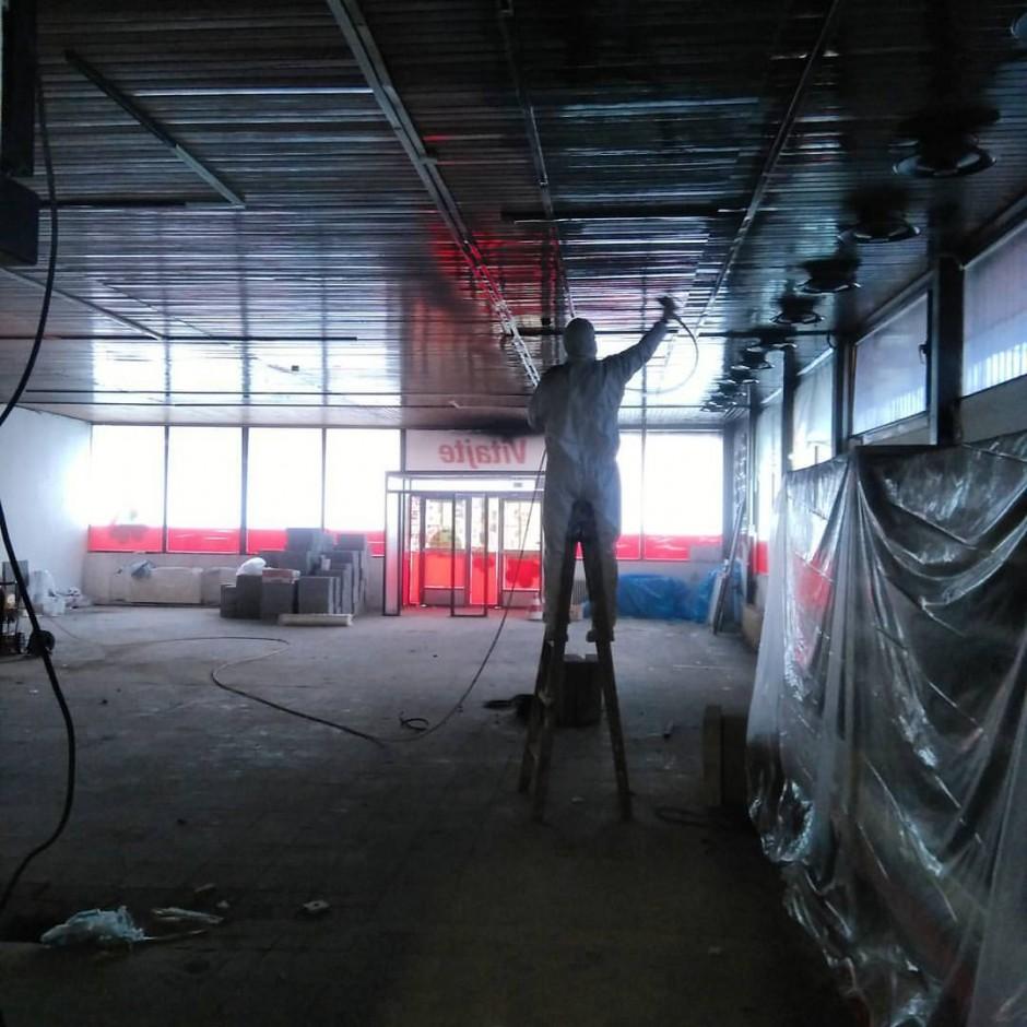 Priestory bývalej predajne Samoška prešli rozsiahlou rekonštrukciou od druhej polovice roka 2015.