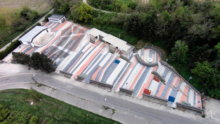 Voľnočasový areál s amfiteátrom Knižkova dolina prešiel v posledných rokoch kompletnou rekonštrukciou. Foto: Marcel Rebro