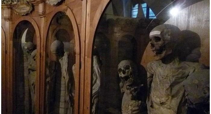 Chiesa dei Morti: i segreti delle mummie di Urbania
