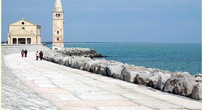Laguna di Caorle la piccola Venezia in miniatura