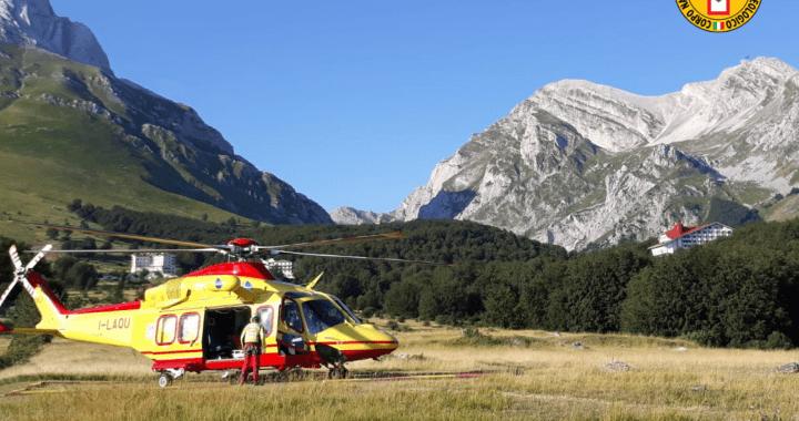Recuperati sul Gran Sasso due alpinisti romani