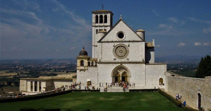 Cristianità (Rai Italia)- con Suor Myriam Castelli
