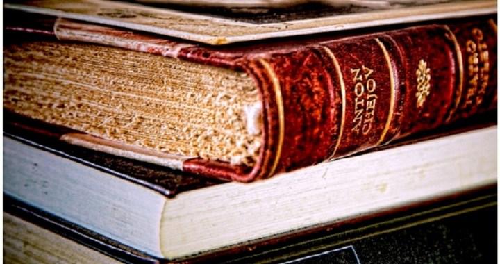 Il libro torna a essere centrale