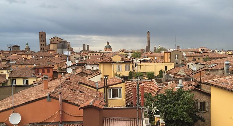 Torri tour un giro insolito a Bologna  i viaggi di