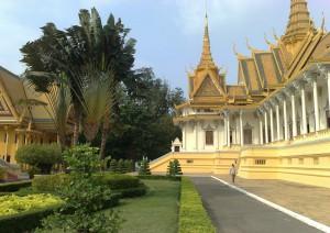 Siem Reap - Kompong Khleang - Kompong Thom - Phnom Penh.jpg