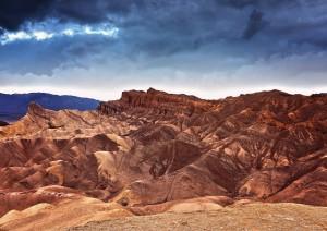 Three Rivers - Death Valley (490 Km / 5h 20min) - Stovepipe Wells (25 Km / 20min).jpg