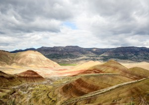Crater Lake - Painted Hills (300 Km / 4h).jpg