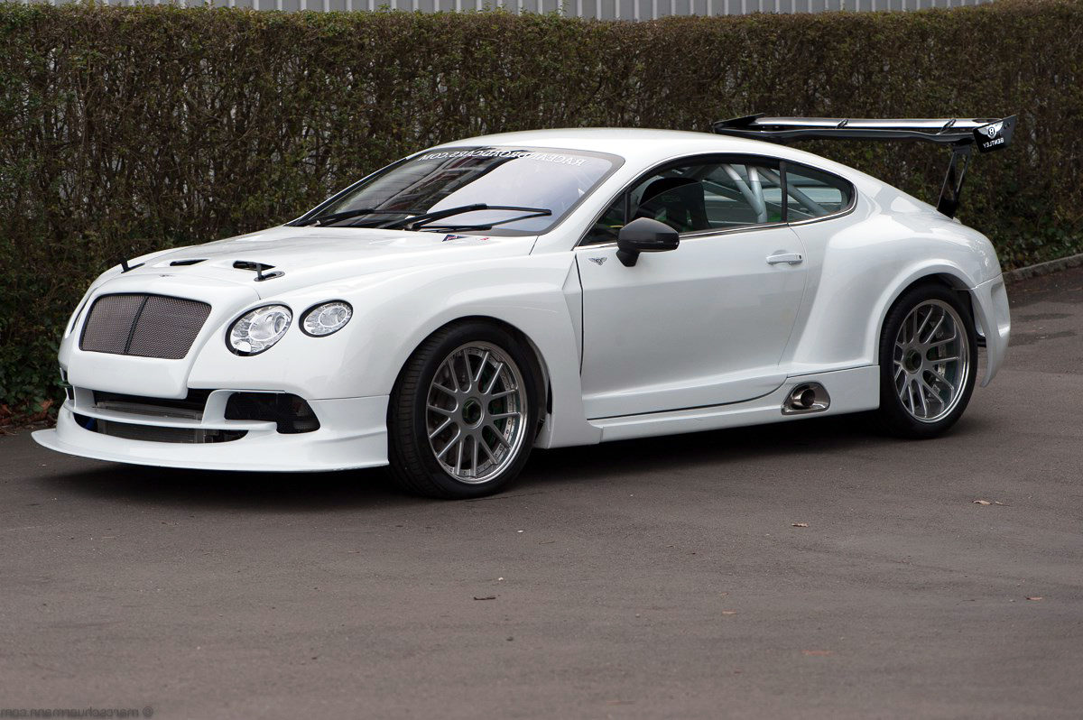 BENTLEY CONTINENTAL GT3 - Rennwagen
